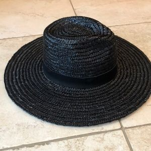Urban outfitter draw hat with leather strip